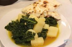 Kale & Potato soup w/ Naan